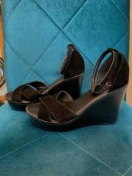 Sandália salto alto preta tamanho 37