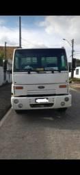 Caminhão Ford Cargo F 1317