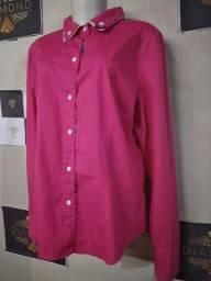 Vendo lote de roupas femininas novas de marca (33 peças)
