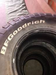 Vendo 4 pneus bfgoodrich mud terrains ta aro 15