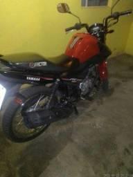 Vende-se uma moto factor 150