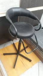Cadeira de cabeleireiro infantil