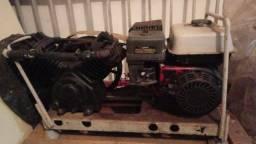 Compressor cabeçote Pressure 15 pes,tanque de 180 l ,motor branco a gasolina 5.5