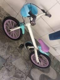 Bicicleta infantil da Frozen