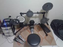 Bateria Eletrônica Roland V-Drums TD-3