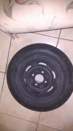 Roda e pneu da brasilia ou fusca 4x130