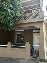 Aluga - se Casa no Centro : R$ 850,00