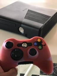 Vídeo game x box 360 muito novo desbloqueado