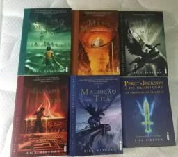 Percy Jackson 5 Livros + Arquivos do Semideus