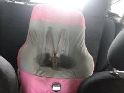 Cadeirinha de menina para carro