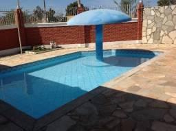 Chalé,piscina,sauna, bem localizado,também troco em chalé maior com piscina
