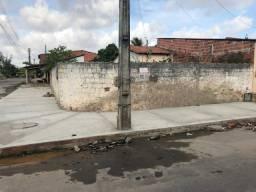Terreno de duas frentes p/ venda com 200 m² no São Cristóvão