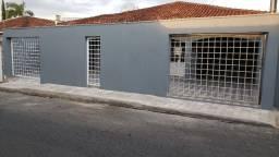 Excelente Casa Bairro Central