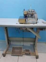 Máquina de costureira interlock