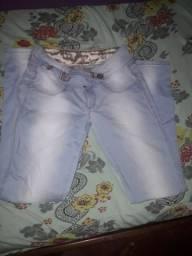 Vende-se ou troco por outra calça de cor azul ou preta