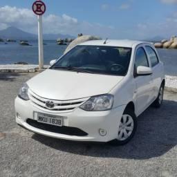 Toyota Etios X 1.3 Flex 16v 2014/2015 - 2015