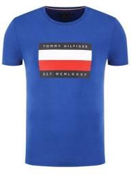 Camiseta Tommy Hilfiger Logo Bandeira - Azul - Tam. M