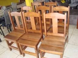 Cadeiras de madeira reforçada novas