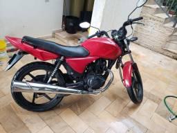 Moto CG Titan 150 em perfeito estado