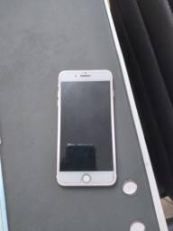 iPhone 7  Plus com caixa