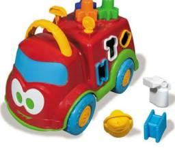 Brinquedo p bebê Dino Bombeirinho