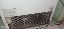 Vende-se freezer Eletrolux duas tampas