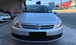 """""""""""Volkswagen Voyage 1.6 Prata 2011"""