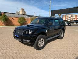 Pajero Sport HPE 4X4 AT Diesel impecável !
