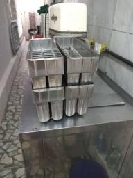 Máquina de sorvete e picolé