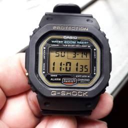 Relógio Casio Gshock DW 5600 série ouro fundo rosca Japan