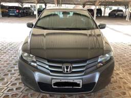 Título do anúncio: Vendo Honda City 2010 carro impecável,Tel: *