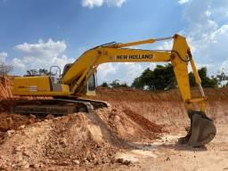 Título do anúncio: Escavadeira NEW HOLLAND E215B, 2014 Muito Nova!