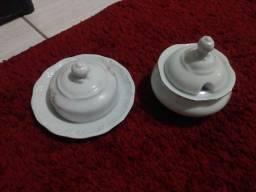 Peças de porcelana
