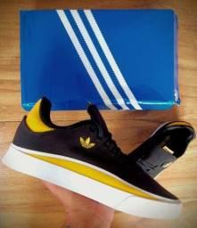 Título do anúncio: Tênis adidas Originals