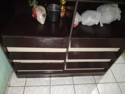 Armário de cozinha usado mas em boas condições...