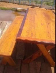 Mesa com bancos 2 metros de comprimento por 90cm largura