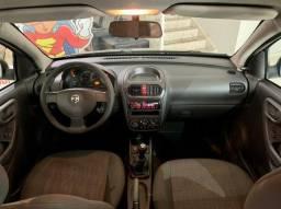 Título do anúncio: Corsa Maxx 1.4 carro top top de linha