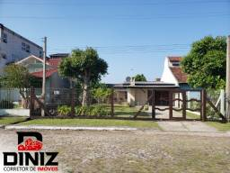 Título do anúncio: Ótima casa no Centro de Mariluz