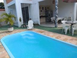 Casa de praia com piscina  para passar essa Quarenta com a família