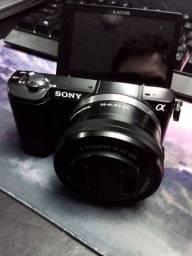 Título do anúncio: Sony Alpha A5000 com lente 16-50mm
