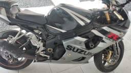 Vendo Suzuki gsxr1000
