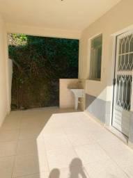 Título do anúncio: Casa de fundos com 1 quarto / suíte - Ilha da Conceição