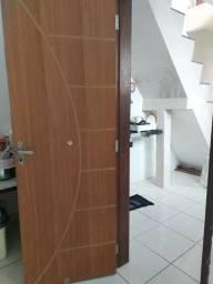 Porta de madeira compensada