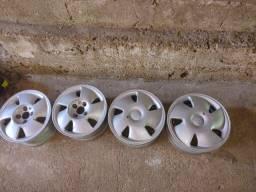 Vendo roda aro 14 GM