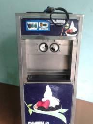 Maquina de sorvete Italianinha 2012