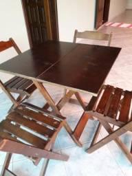 Mesas e cadeiras dobravel