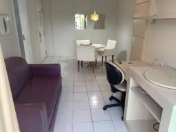 Flat 2quartos com uma suite e serviço