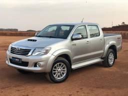 Toyota Hilux SRV 3.0 4x4 - 2013