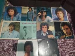 Vende-se 33 discos do Roberto Carlos