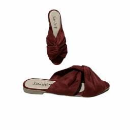 Sandália vermelha de camurça Nova